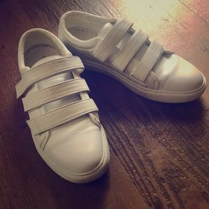 Kenneth Cole Kingvel Sneakers White 7 1/2 NEW
